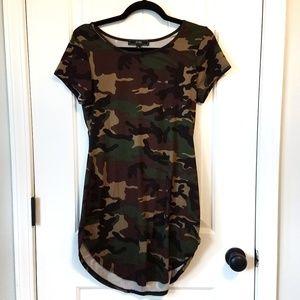 Vibe Sportswear camo dress